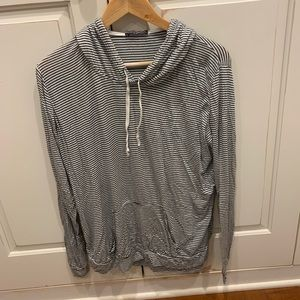 Brandy Melville Layla Hoodie One Size White/Navy